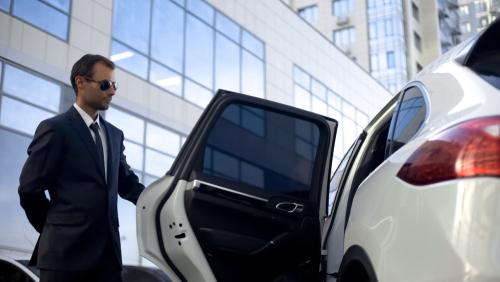 How Do You Recognize a Professional Executive Car Service