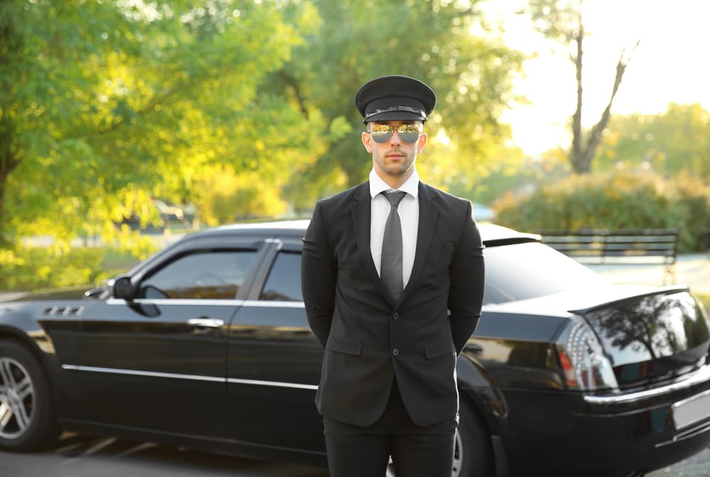 3 Things to Consider Before Booking Transportation Services